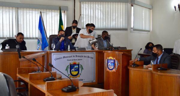 Câmara de Búzios convoca sessão para este domingo (2) para votar auxílio a alunos da rede municipal