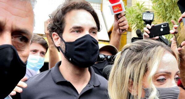 Alerj vota revogação da medalha Tiradentes dada a Doutor Jairinho, acusado de matar enteado