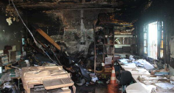 Vistoria técnica da Defesa Civil de São Pedro da Aldeia apura causa de incêndio em unidade escolar