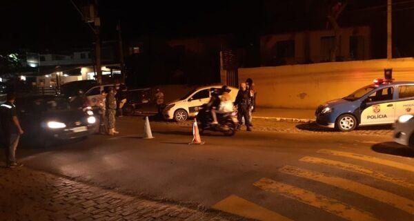 Búzios multa motociclistas por andar com escapamento adulterado