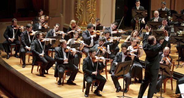 Orquestra Sinfônica Brasileira apresenta 1º concerto gravado no palco desde o início da pandemia