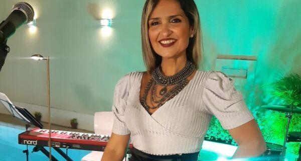 Cantora Lais Alfradique é atração do projeto 'Cultura On-line' dessa sexta-feira, em Araruama