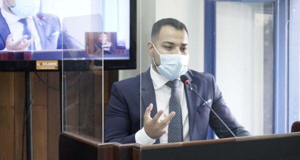 Bonifácio anuncia vereador Davi Souza como novo secretário de Governo de Cabo Frio