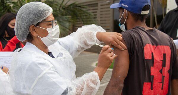Arraial do Cabo dá início à vacinação contra Covid-19 de pessoas em situação de rua