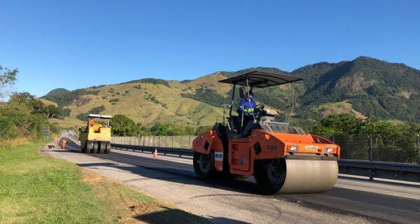 Obras no pavimento avançam na ViaLagos
