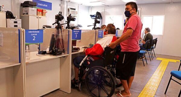Pessoas com deficiência têm direito a isenção de taxas para documentos no estado do Rio