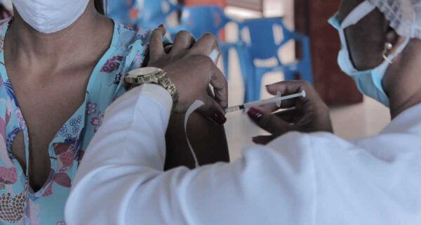 Covid-19: São Pedro da Aldeia vacina moradores entre 44 e 46 anos a partir da segunda-feira (5)