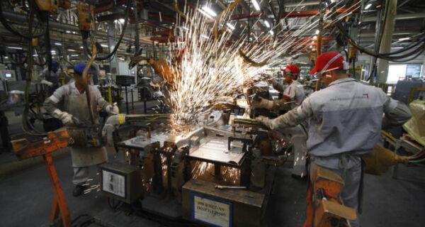 Fluminenses continuam confiantes na retomada econômica do estado, mostra pesquisa da Fecomércio