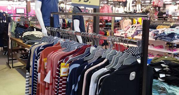 Liquidação dos Minipreços do Shopping Park Lagos tem descontos de até 60%