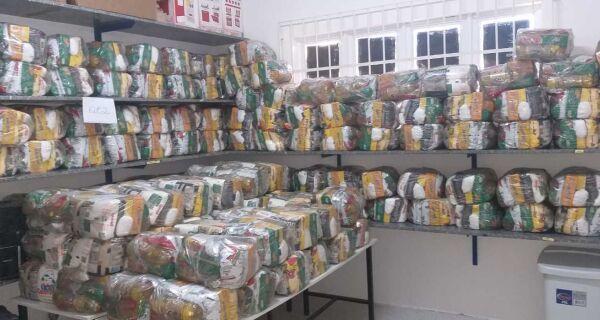 Cabo Frio começa a entregar kits alimentares para alunos da rede municipal nesta sexta (16)