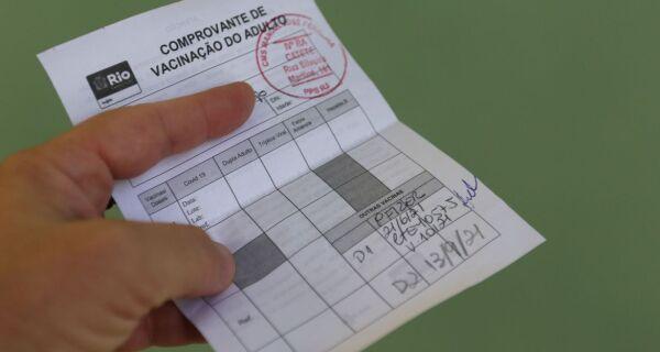 Município do Rio passa a exigir certificado de vacina contra covid em alguns locais