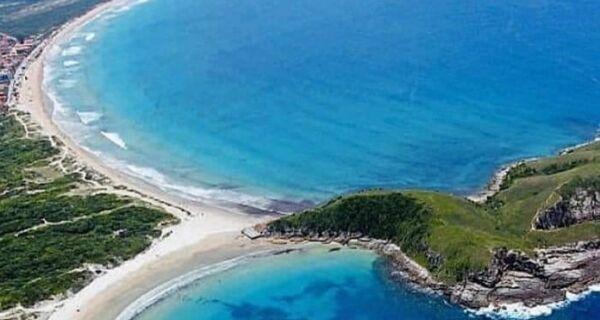Circuito Rei e Rainha do Mar terá ações ambientais na Praia do Peró neste sábado (10)