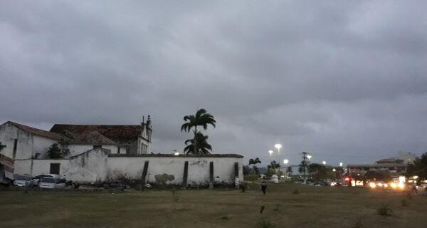 Inverno se despede da região com vento forte e chuva
