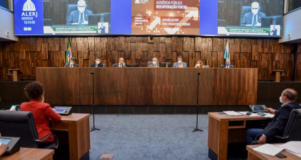 Alerj debate emendas a projetos que aumentam idade mínima para aposentadoria de servidores estaduais