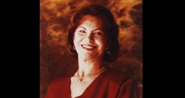 Morre, aos 88 anos, a cantora cabo-friense Cláudia Moreno