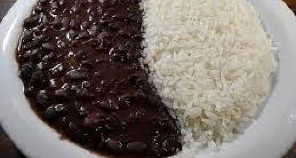 Feijão e arroz terão isenção de ICMS no estado do Rio