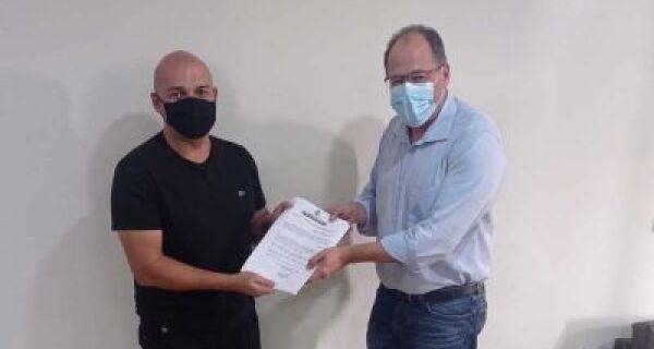 Prefeitura de São Pedro da Aldeia assina contrato de concessão com grupo automotivo
