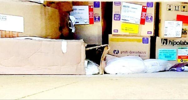 MP apura denúncia sobre medicamentos vencidos em galpão da Secretaria de Saúde de Cabo Frio