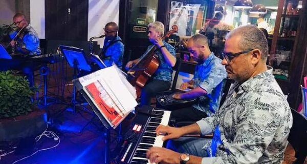 Cabo Frio celebra primavera com música: Sunset Boulevard será nesta quarta-feira (22), às 17h40