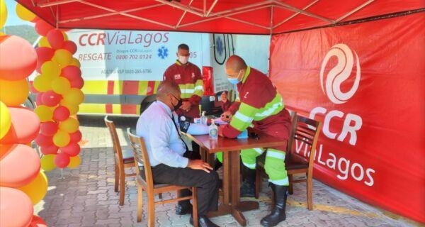Serviços de saúde são oferecidos na CCR ViaLagos em comemoração ao Dia Nacional do Trânsito (25)