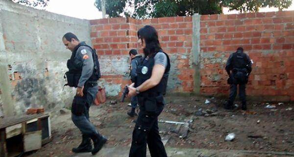 Polícias Civil e Militar realizam Operação Integração II no Jardim Peró