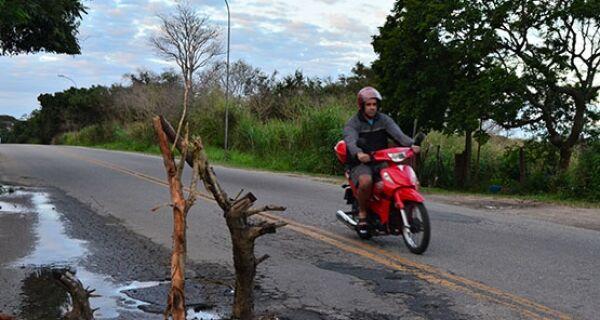 Estrada do Guriri, em Cabo Frio, deverá passar por reformas