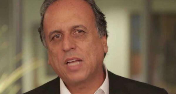 Professores de São Pedro afirmam ter sido obrigados a aplaudir Pezão