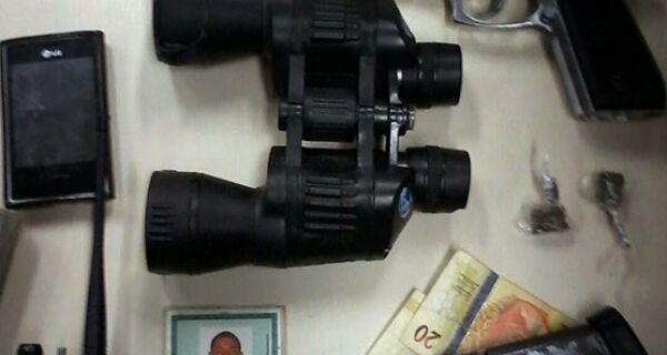 Homem é preso no bairro Jacaré, em Cabo Frio, com uma pistola 380