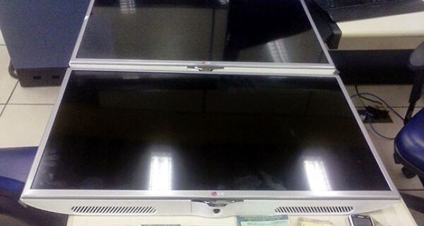 Três pessoas são presas após roubarem TVs de uma loja de eletrodomésticos