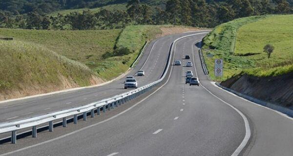 Mais de 262 mil veículos passaram pela ViaLagos no feriadão