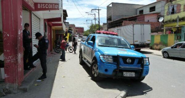 Polícia ocupa Estradinha em busca de assassinos de PM