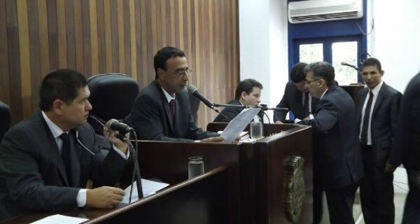 Câmara aprova aumento do Cartão Dignidade