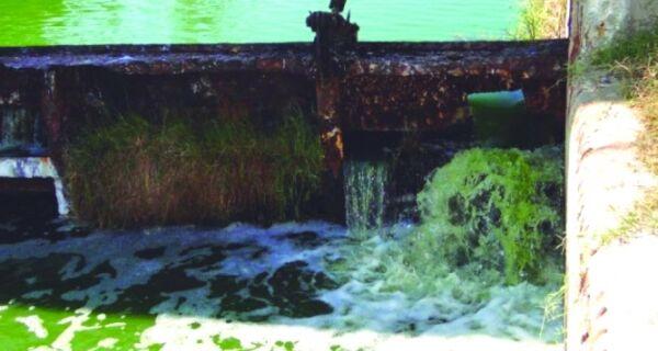 Laudo sobre esgoto despejado na Lagoa de Araruama sai em 15 dias
