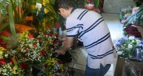 Venda de flores deve aumentar 6% no Dia das Mães