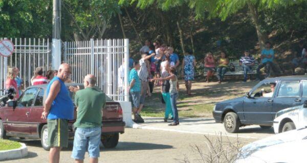 Corpo do menino Caíque está sendo velado na Capela Mortuária