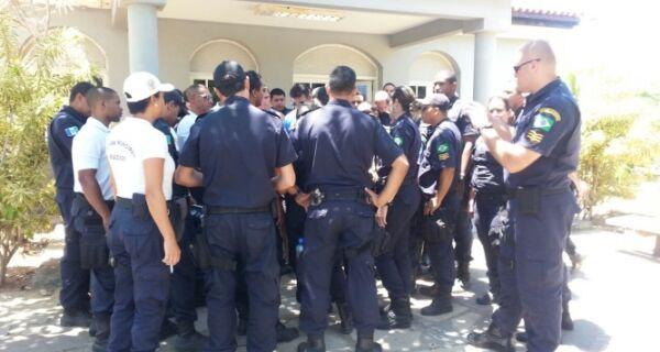 Guardas de Búzios fazem novo protesto hoje