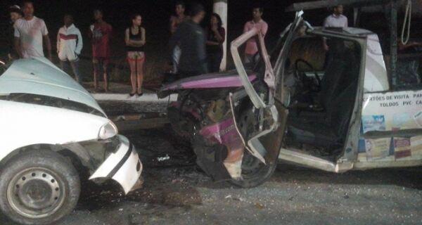 Quatro carros se envolvem em acidentes em Cabo Frio
