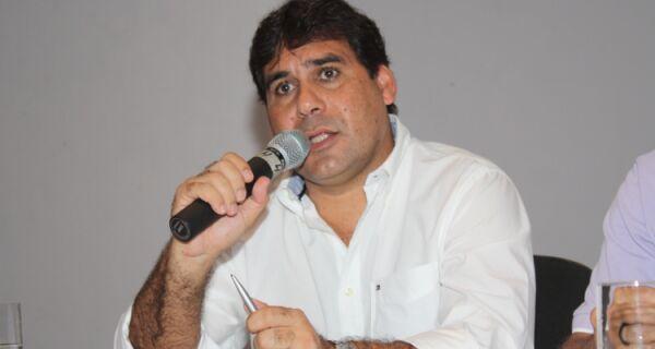 Andinho dá basta a especulações e confirma Tê como pré-candidato do Governo