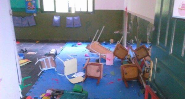 Escola é depredada em Arraial do Cabo