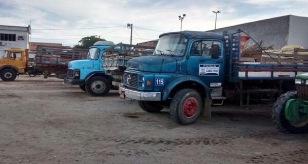 Prestadores de serviço da Comsercaf cruzam os braços por falta de pagamento