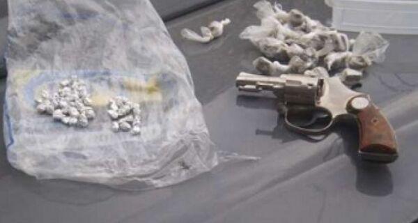 PM apreende armas e drogas em Cabo Frio