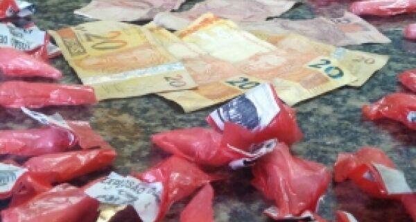 Homem é preso por furtar roupas de supermercado em Cabo Frio