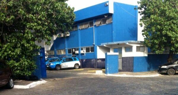 Dois homens são presos por tentativa de assalto em Cabo Frio