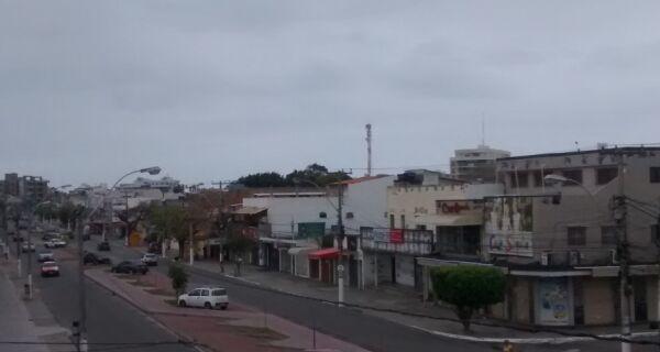 Calor da um tempo e temperaturas amenizam em Cabo Frio neste domingo (18)