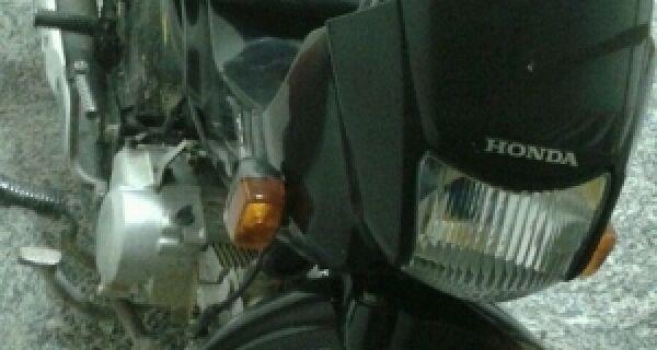 Polícia recupera moto e carro furtados em Cabo Frio e Arraial do Cabo