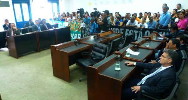 Câmara de Cabo Frio retorna na terça e Arraial após Carnaval