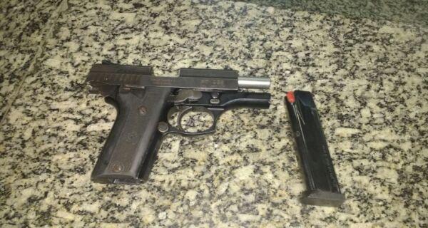 Polícia apreende drogas, armas e menor na Região dos Lagos