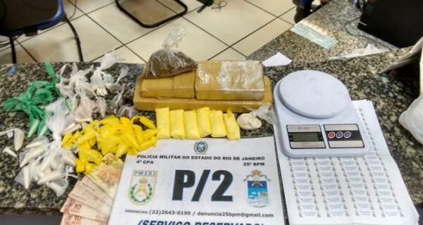 Adolescente é apreendido por drogas e polícia encontra dois quilos de maconha