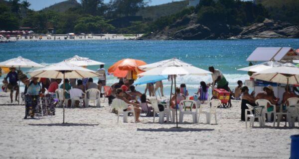 Fim de semana de praia no Estado do Rio de Janeiro