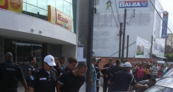 Assalto em Araruama termina com três pessoas presas